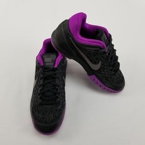 {NIKE} Zoom Cage 2 Athletic Shoes